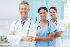 Confident male and female doctors Royalty Free Stock Photo