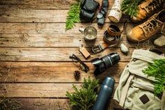 Configuração do plano do conceito do cenário da viagem do acampamento ou da aventura fotos de stock