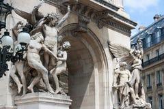 Configuración clásica y estatuas de París Imágenes de archivo libres de regalías
