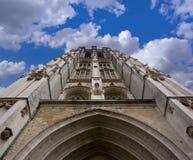Configuración gótica - torre de reloj (camino incluido) Fotografía de archivo