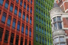 Configuración histórica y moderna en Londres Foto de archivo