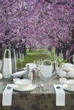 Configuración romántica de la mesa de centro Foto de archivo