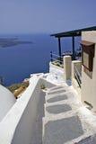 Configuración tradicional griega en el isla de Santorini Foto de archivo libre de regalías
