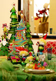 Configuraciones de lugar festivas para la estación de día de fiesta Foto de archivo libre de regalías
