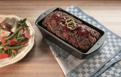 Configuration de dîner de pain de viande Photographie stock libre de droits