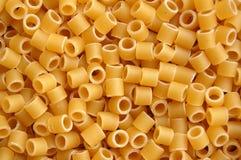 Configuration de fond de tubes de pâtes Photos stock