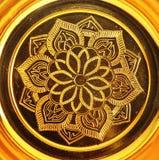 Configuration de lotus sur le plateau d'or Images libres de droits