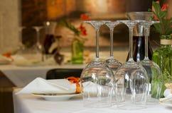 Configuration de place au restaurant photos stock