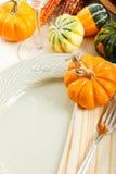 Configuration de Tableau avec la décoration d'automne Images stock