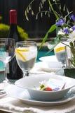 Configuration extérieure de table de dîner Photographie stock libre de droits