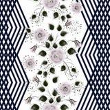 Configuration florale sans joint Fleurs grises rosâtres sur un fond blanc avec les rayures noires verticales Photographie stock