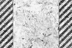 Configuration noire et blanche grunge avec la piste d'avertissement Photographie stock libre de droits