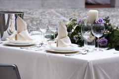 Configuration romantique de table Photographie stock