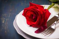 Configuration romantique de table Photo stock