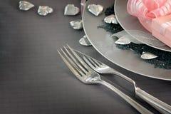 Configuration romantique de table de jour de Valentine Photographie stock libre de droits