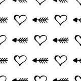 Configuration sans joint de vecteur Fond noir et blanc simple avec les coeurs et les flèches tirés par la main Images libres de droits