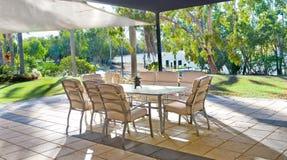 Configuration tropicale de jardin d'arrière-cour Image stock