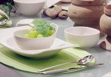 Configurations blanches de table photo stock