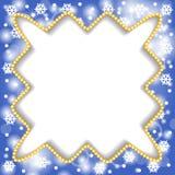 Confine di Natale di saluto delle perle sul fondo del blu dei fiocchi di neve Fotografia Stock Libera da Diritti