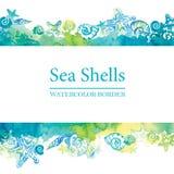 Confine marino con le conchiglie dell'acquerello Struttura di vita di mare Fondo di viaggio di estate Immagine Stock