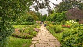 Confine misto delle piante perenni nel giardino di Reford, Metis-sur-MER fotografie stock libere da diritti