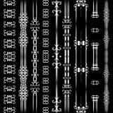 Confini d'annata ornamentali, teste di legno per la decorazione della pagina Immagini Stock