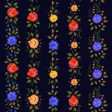Confini pieghi senza cuciture fiori variopinti e foglie sul bl Fotografia Stock Libera da Diritti