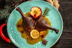 Confit утиной ножки Исключительные еды ресторана Взгляд сверху стоковое фото