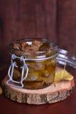 Confit de gésiers de poulet en huile d'olive Photographie stock libre de droits