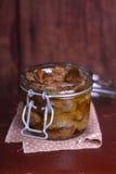 Confit de gésiers de poulet en huile d'olive Image libre de droits