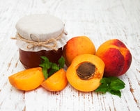 Confiture d'abricots Photo libre de droits