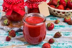 Confiture de fraise rouge Image libre de droits