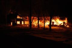 Conflagrazione/bruciare/pompieri/fuoco, la gente su fuoco Immagine Stock
