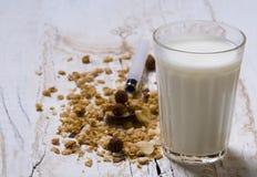 conflakes mjölkar Fotografering för Bildbyråer