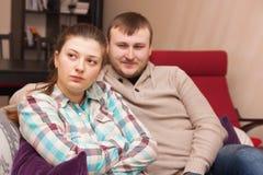 Conflict tussen echtgenoot en vrouw stock foto