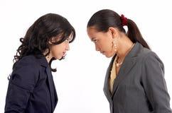Conflict van twee secretaresses Stock Foto's
