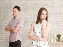 Conflicto entre el hombre y la mujer imagen de archivo