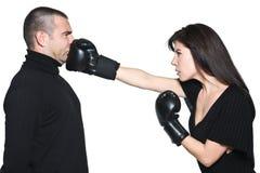 Conflit de poinçon de conflit de boxe de femme de couples Image libre de droits