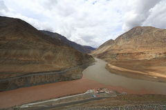 Confluence of Indus and Zanskar river Royalty Free Stock Images