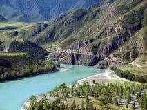 Confluenza dei fiumi Chuya e Katun Immagine Stock