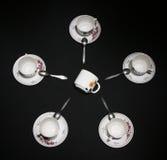 A confrontação de velho e de novo pratos Imagem de Stock Royalty Free