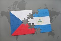 confunda com a bandeira nacional da república checa e da Nicarágua em um mapa do mundo Fotografia de Stock