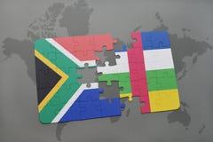 confunda com a bandeira nacional de África do Sul e de Central African Republic em um mapa do mundo Imagem de Stock Royalty Free