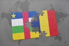confunda com a bandeira nacional de Central African Republic e de chad em um mapa do mundo Fotos de Stock Royalty Free