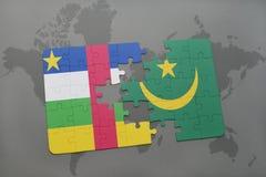 confunda com a bandeira nacional de Central African Republic e de Mauritânia em um mapa do mundo Imagens de Stock Royalty Free