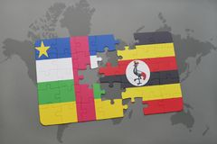 confunda com a bandeira nacional de Central African Republic e de uganda em um mapa do mundo Foto de Stock