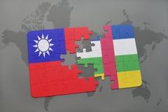 confunda com a bandeira nacional de Formosa e de Central African Republic em um mapa do mundo Fotografia de Stock