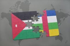 confunda com a bandeira nacional de Jordão e de Central African Republic em um fundo do mapa do mundo Imagem de Stock Royalty Free