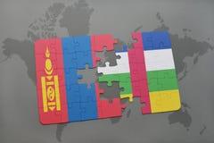 confunda com a bandeira nacional de mongolia e de Central African Republic em um mapa do mundo Imagens de Stock Royalty Free