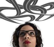 Confusão da maneira para uma mulher de negócios conceito da carreira difícil No fundo branco fotos de stock